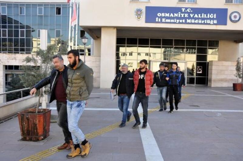 Osmaniye'de HTŞ terör örgütü şüphelisi 9 Suriyeli gözaltında