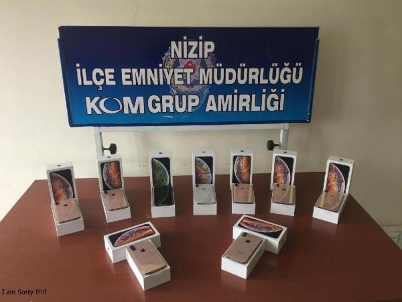 Nizip'te kaçak cep telefonu ele geçti