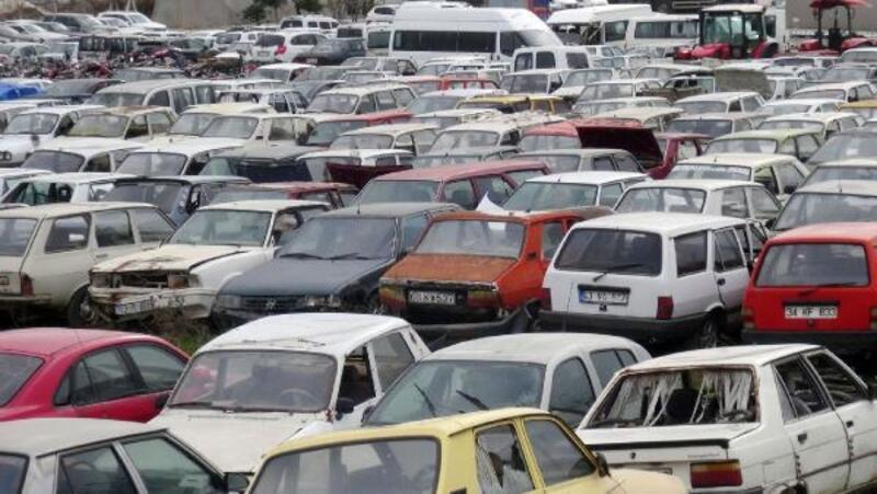 Şanlıurfa'da çürümeye terk edilen motosikletler ekonomiye kazandırılıyor