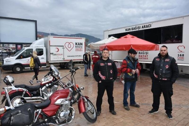 Motosiklet kulübü üyelerinden anlamlı bağış