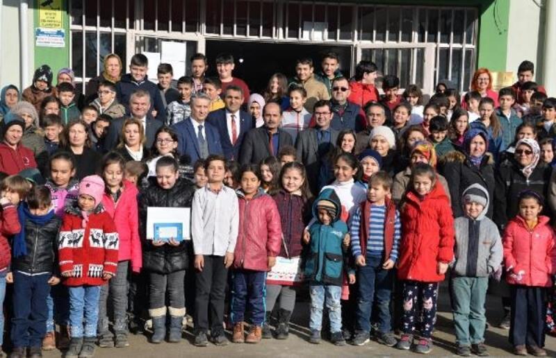 Başkan Gönenç'e diploma sürprizi