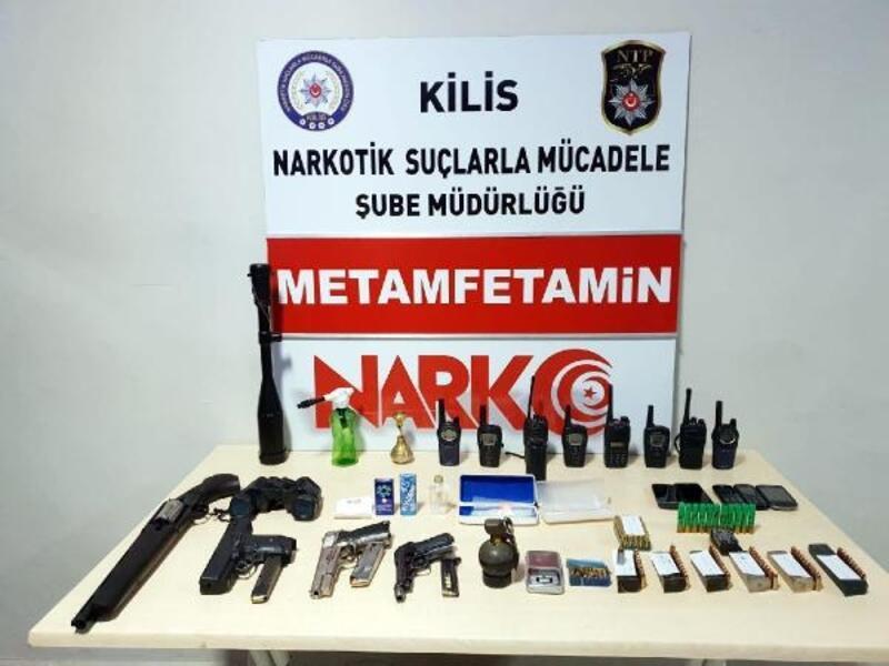 Bomba, silah, uyuşturucu ile yakalanan şüpheli tutuklandı