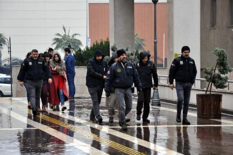 Osmaniye'de FETÖ/PDY operasyonu: 6 gözaltı