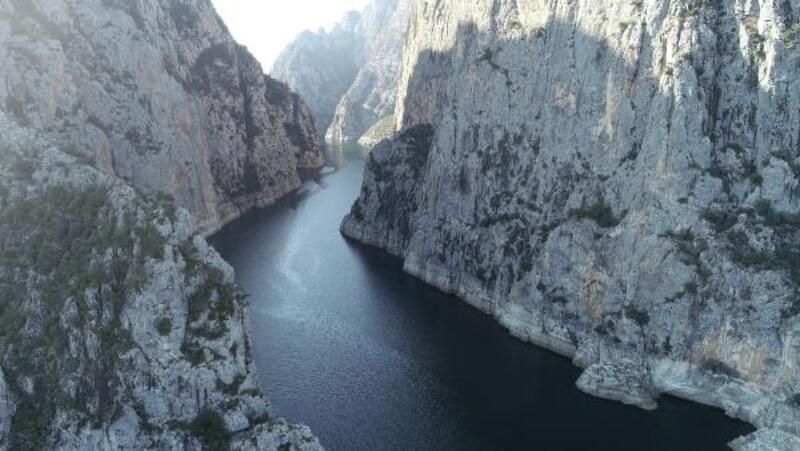 Kanyonda kaybolan Türkmen genci arama çalışması sürüyor