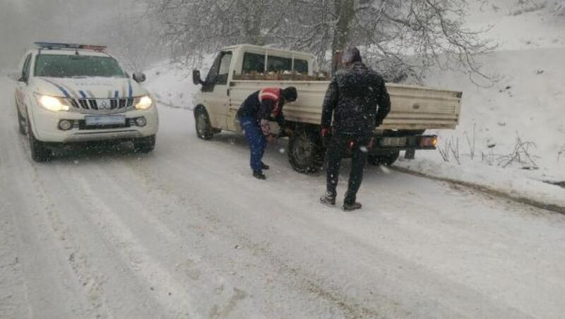 Ödemiş'in kırsal mahallerinde kar alarmı