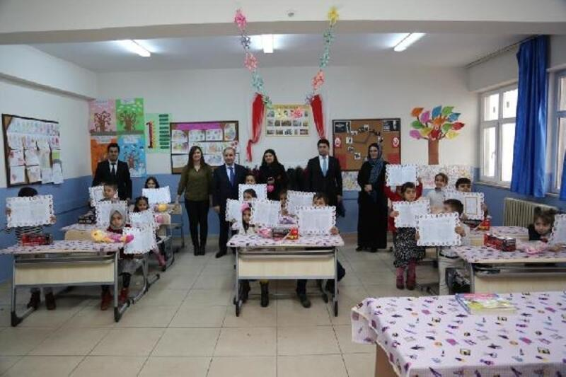 Şırnak'ta 185 bin öğrenci karne aldı