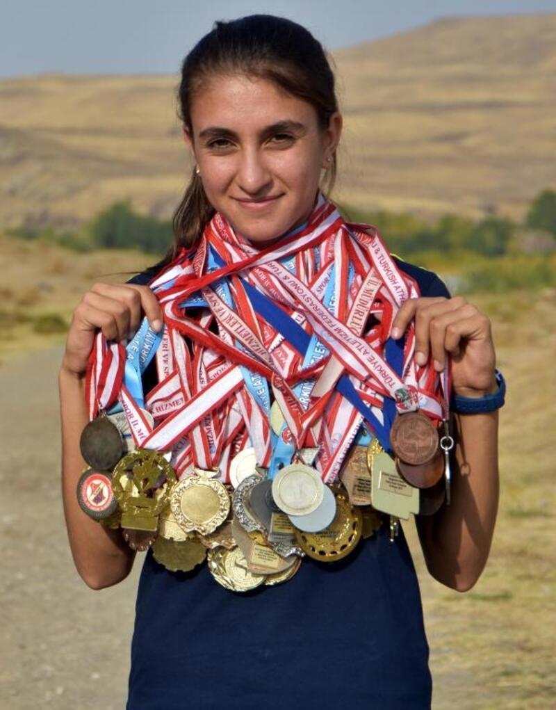 Muradiyeli atlet Zeynep, Portekiz'de Türkiye'yi temsil edecek