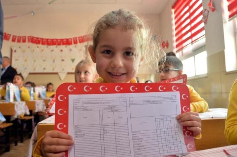Mersin'de 401 bin 311 öğrenci heyecan yaşadı