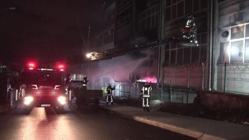 Bayrampaşa'da iş yeri yangını
