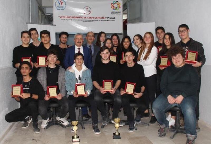 Robotik ve STEM Gençlik programı tamamlandı