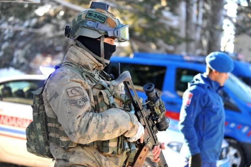 Jandarma, Beyaz Cennet'te kuş uçurtmuyor