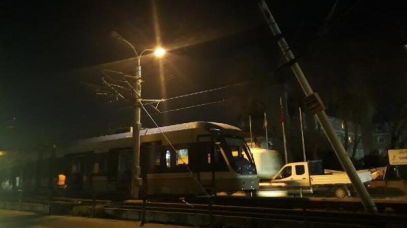 Güngören'de tramvay kazasında faciadan dönüldü
