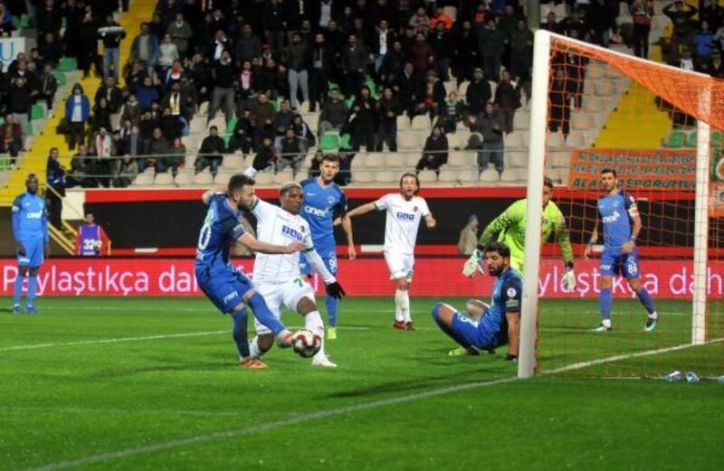 Aytemiz Alanyaspor–Kasımpaşa: 0-0