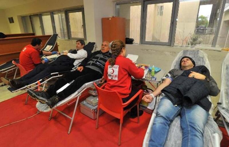 Valilik kompleksinde kan bağışı kampanyası