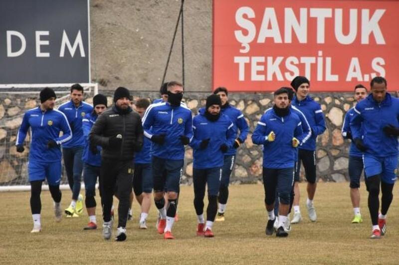 Evkur Yeni Malatyaspor, Göztepe maçına hazırlanıyor