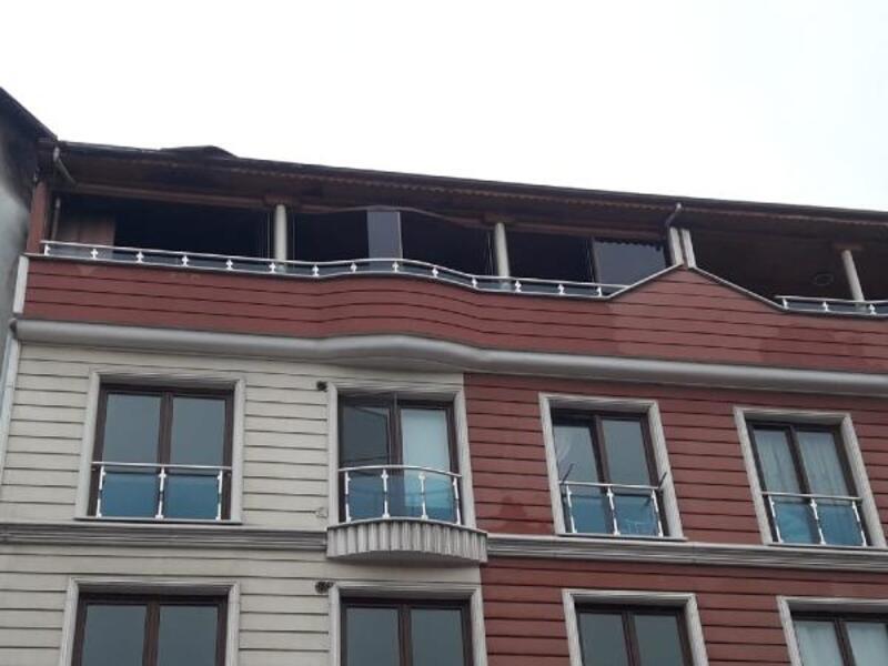 Tutuşan bina bacayı yakıyordu