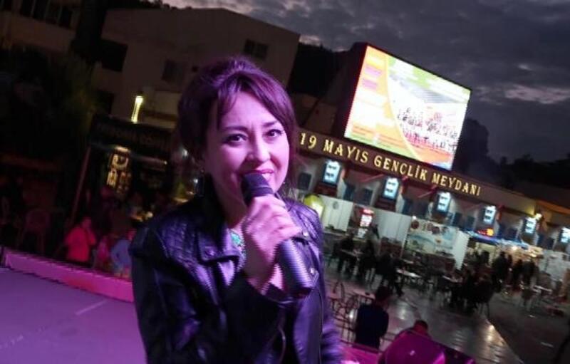 Tatar sanatçı, Marmaris'te yeni yıl konseri verdi