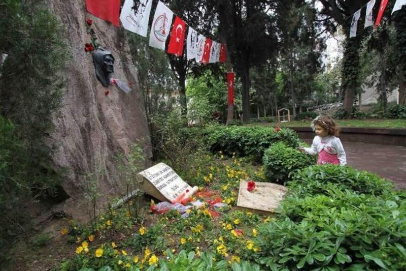 Çocuklar Zübeyde Anne'ye mektup yazacak
