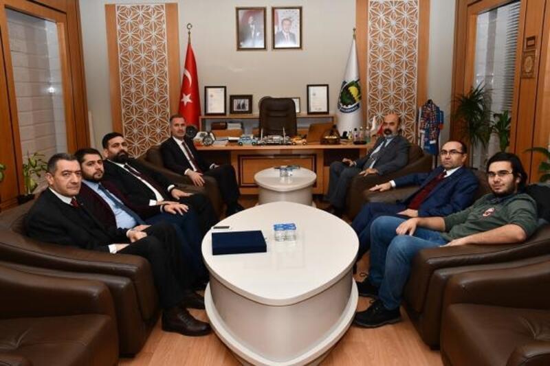 MÜSİAD heyeti İnegöl Belediye Başkanı'na ziyaret gerçekleştirdi