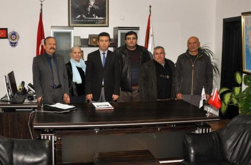 Gazetecilerden Emniyet Müdürü Güngör'e taziye ziyareti