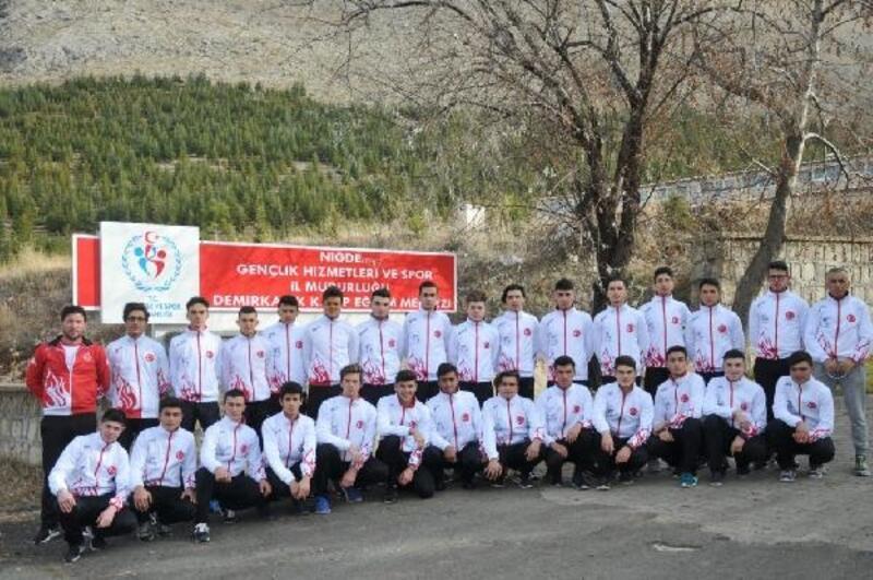 Bisiklet milli takımı, Demirkazık'ta kampa girdi