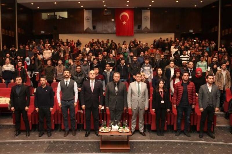 """ERÜ'de """"Uluslararası Öğrenciler Bilgilendirme Paneli"""" düzenlendi"""