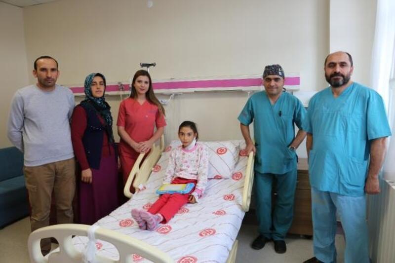 Atardamar şişliği bulunan Emine, ameliyatla sağlığına kavuştu