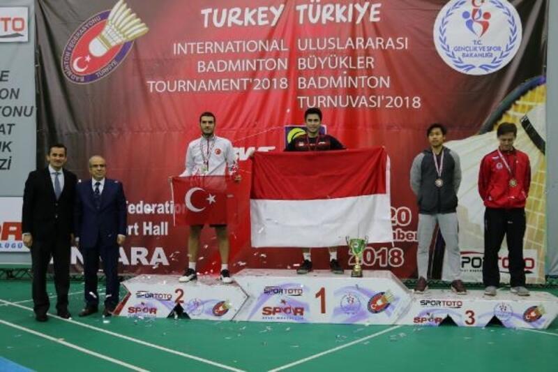 Uluslararası Büyükler Badminton Turnuvası sona erdi