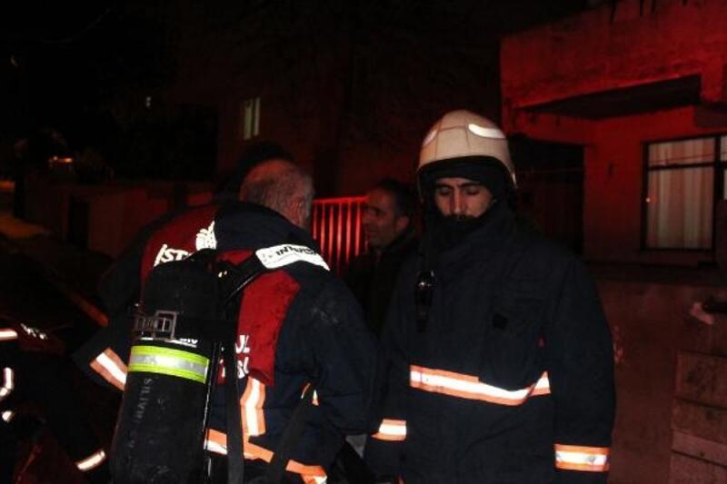 Silivri'de bir evde yangın