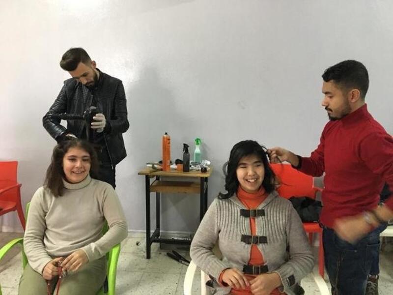 Kilis barosundan köy okullarındaki öğrenciler için saç bakım projesi