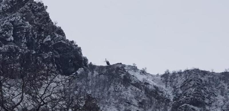 Tunceli'de mağaradaki teröristlere 'teslim ol' çağrısı