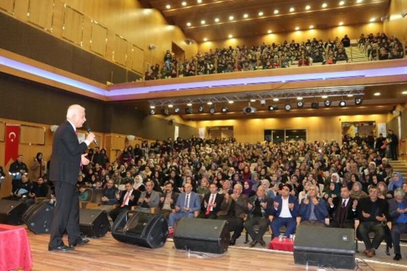 Nihat Hatipoğlu, Karaköprü'de vatandaşlarla buluştu