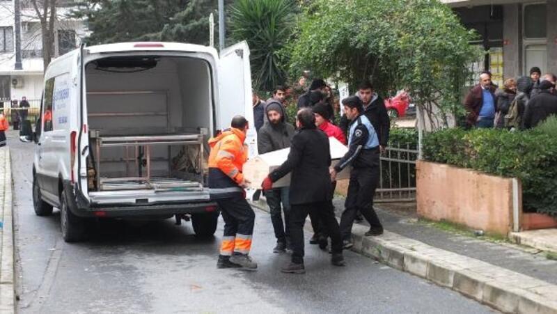 Fotoğraflar // Konya Eski Emniyet Müdürünün eşi ve kızının cenazeleri Adli Tıp'a gönderildi