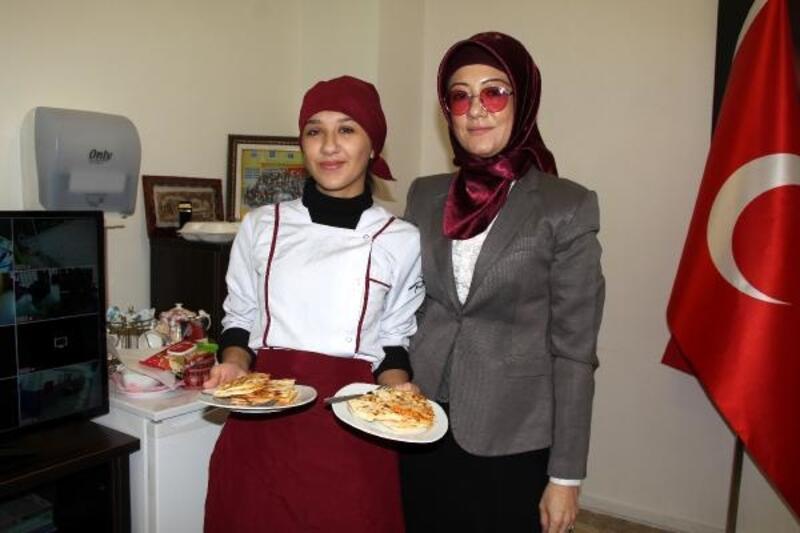 Kalifiye pastacılar Burdur'da yetişiyor