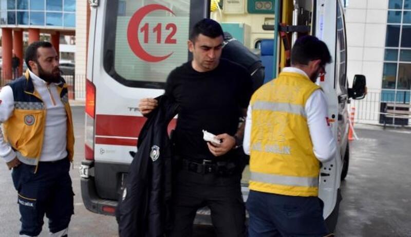 Şizofreni hastası, polis memuruna saldırıp yaraladı
