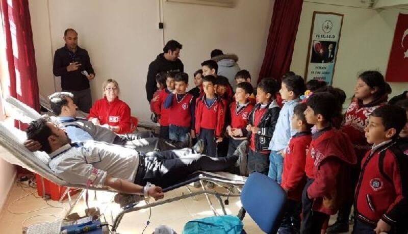 İslahiye'de öğretmenlerden kan bağışı etkinliği