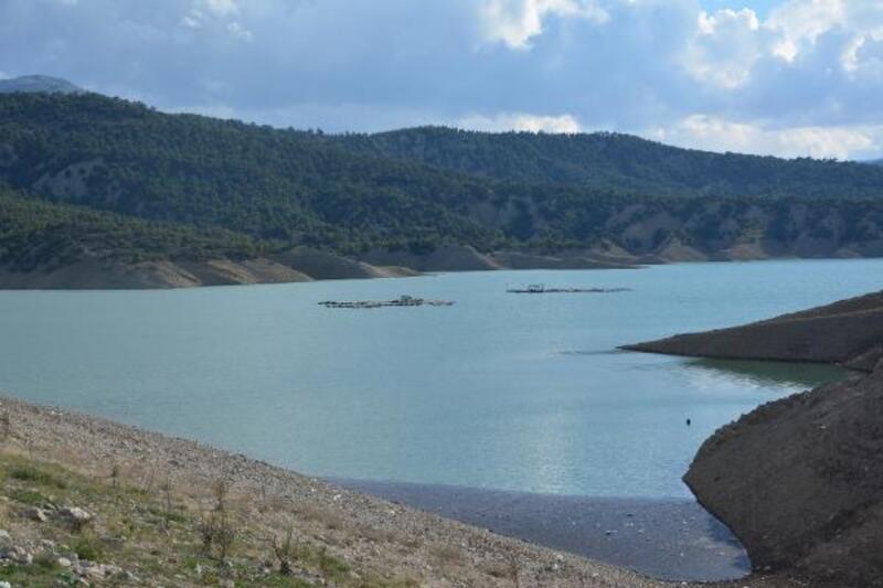 Baraj suyu hızla yükseliyor