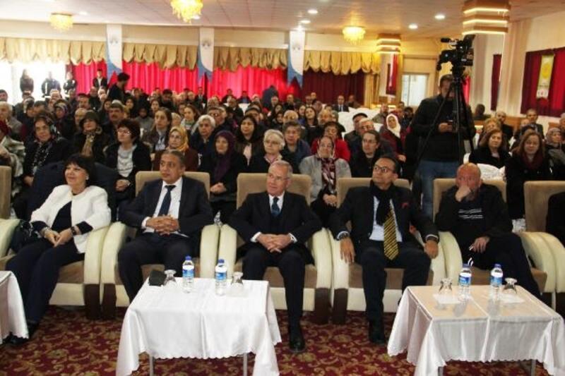 Dinar'da Alzheimer konferansı