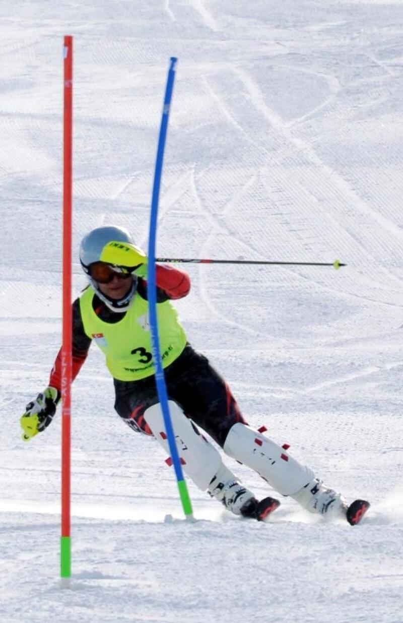 Alp Disiplini FIS Anatolian Cup Palandöken'de devam ediyor