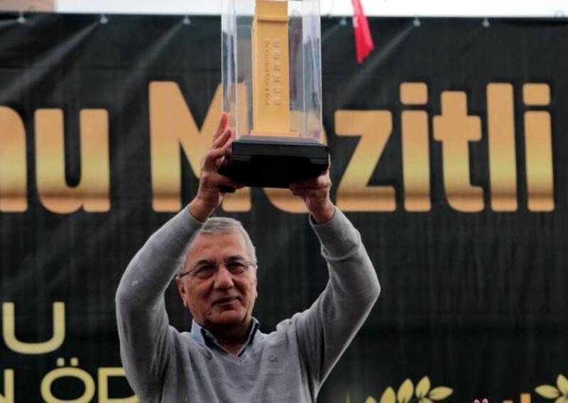 Başkan Tarhan, şampiyonluk için teşekkür etti