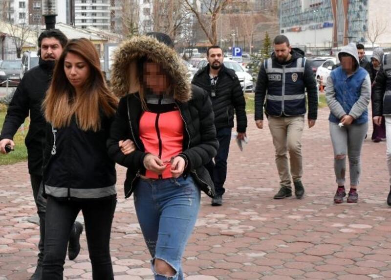 Sivas'ta, sokak ortasındaki bıçaklamaya 1 tutuklama