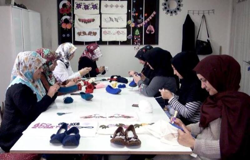 Hilvan'da, meslek edindirme kurslarına kadınlardan büyük ilgi