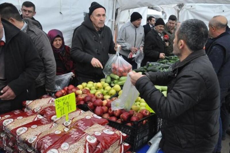 Elma ve bakliyat, başkentteki tanzim satış noktalarında