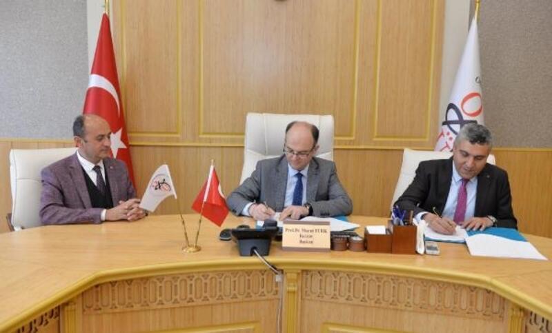 """OKÜ ile İl Milli Eğitim Müdürlüğü arasında """"İşbirliği"""" protokolü"""