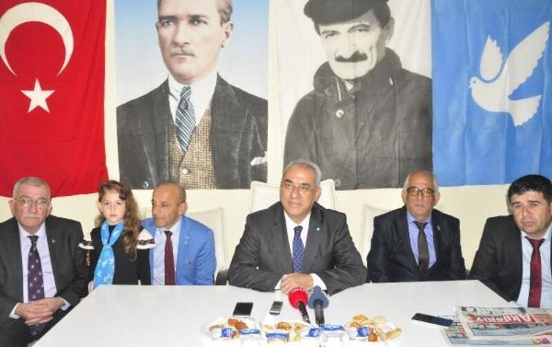 DSP Lideri Aksakal: Ben bildim bileli Atatürk'ü istismar ediyorlar