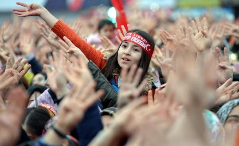 Erdoğan: Bay Kemal kiminle kolkolaysan sende onlardansan