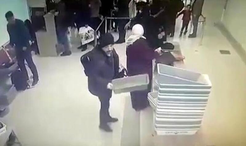 Firari yüzbaşı, havalimanında sahte kimlikle yakalandı