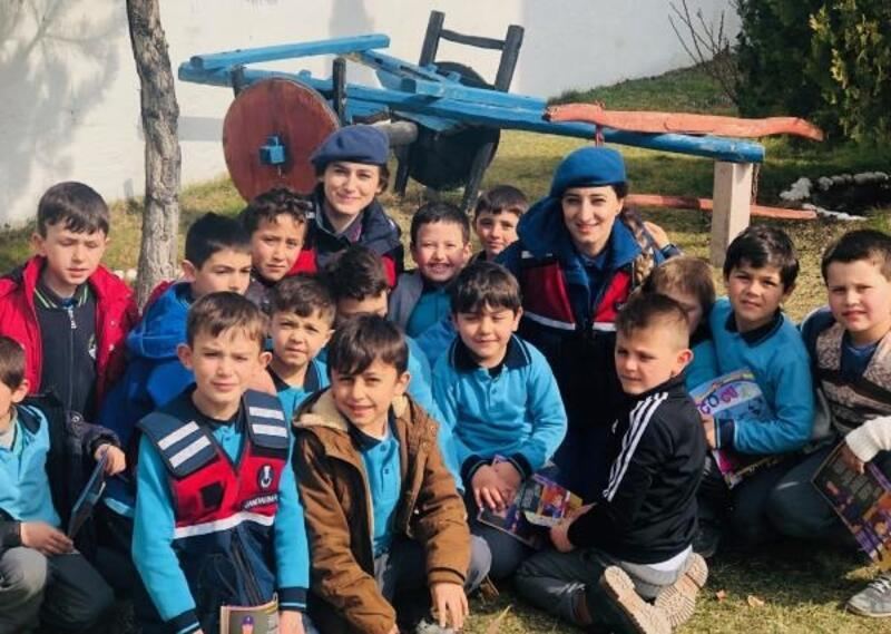 İscehisar'da 'Dersimiz Jandarma' projesi