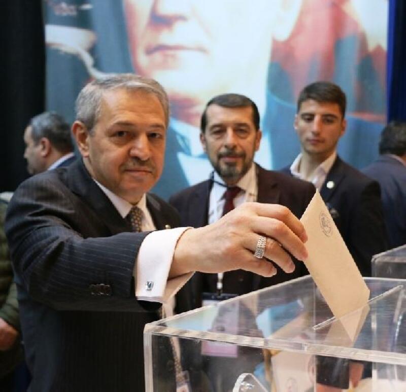 Eyüp Gözgeç yeniden Türkiye Boks Federasyonu başkanı oldu