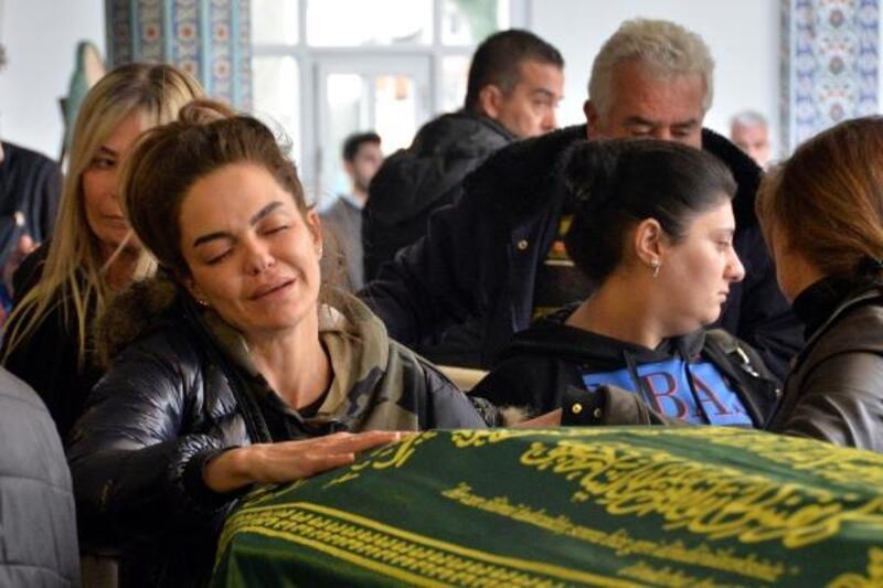 Mersin'de 2 kişi öldüren soyguncuyu özel ekip arıyor